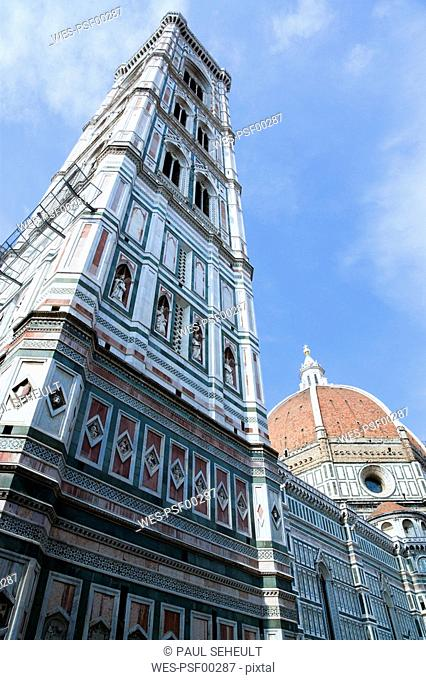 Italy, Tuscany, Florence, Cathedral, Santa Maria del Fiore, low angle view