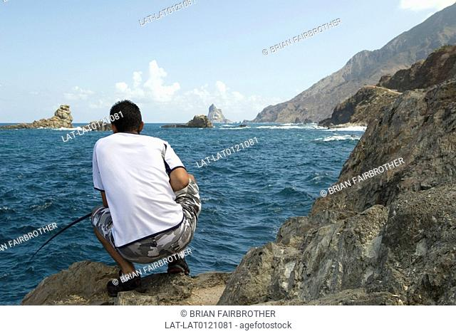 Fishing is a major contributor to the Tenerifian economy,as the Canaries are Spain's second most important fishing grounds
