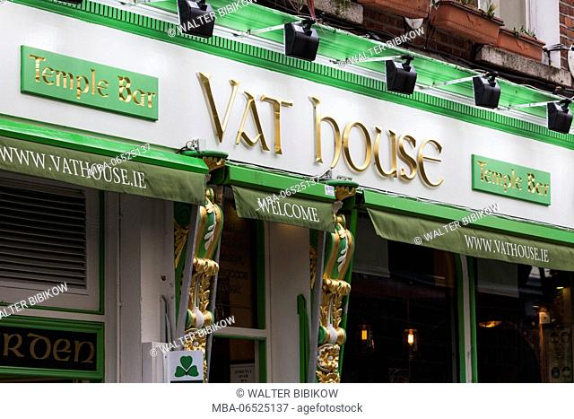 Ireland, Dublin, Temple Bar area, traditional pub exterior, Vat House
