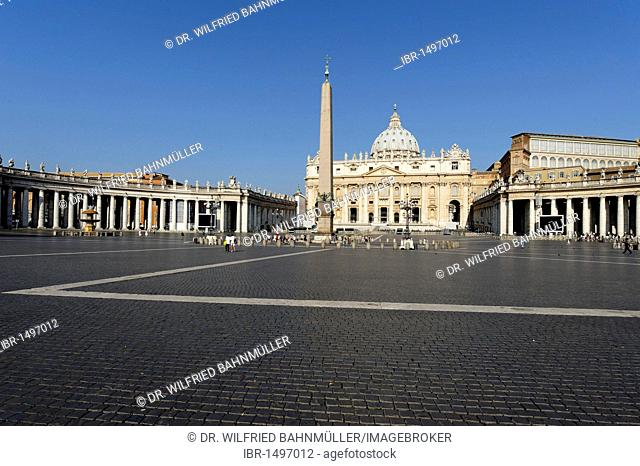 St. Peter's Square with St. Peter's Basilica and Obelisk from Circus Nero, Vatican, Rome, Italy, Europe