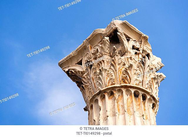 Greece, Athens, Corinthian column of Temple of Olympian Zeus