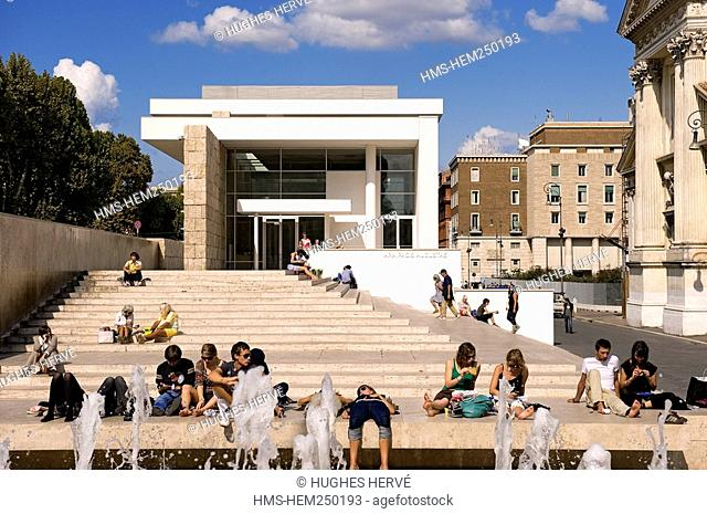 Italy, Lazio, Rome, historical centre listed as World Heritage by UNESCO, Ara Pacis Museum by architect Richard Meier sheltering Augustus's altar