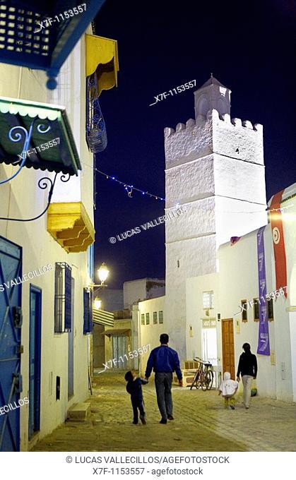Tunez: Kairouan Medina  Rue el Kedldi