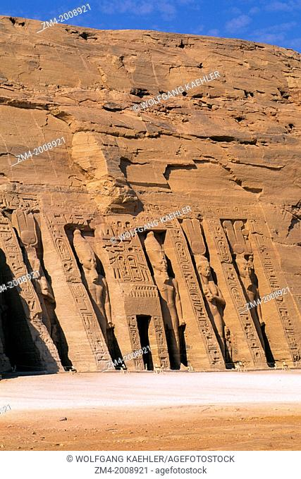 EGYPT, ABU SIMBEL, SMALL TEMPLE OF ABU SIMBEL, FACADE, RAMSES II AND NEFERTARI-HATHOR