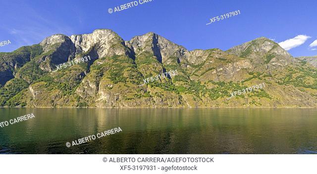 Aurlandsfjorden Fjord, Flam, Norway, Scandinavia, Europe