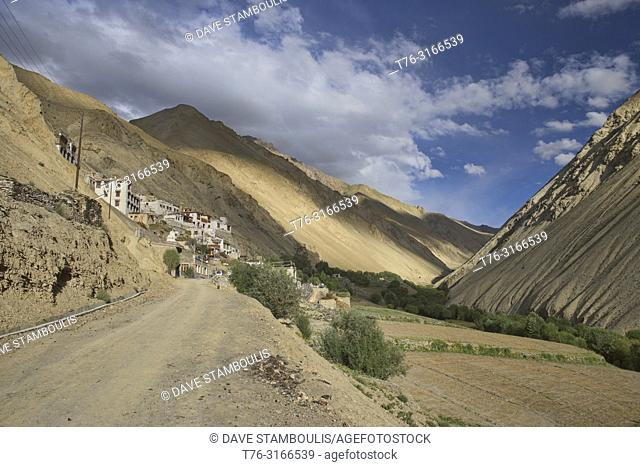 Afternoon light in the village of Hinju, Ladakh, India