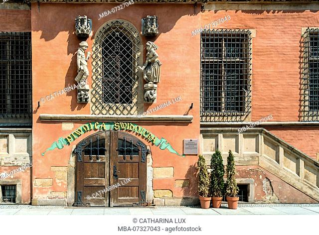 Poland, Wroclaw, old town Hall, Schweidnitz cellar, the oldest restaurant in the city, 15th century