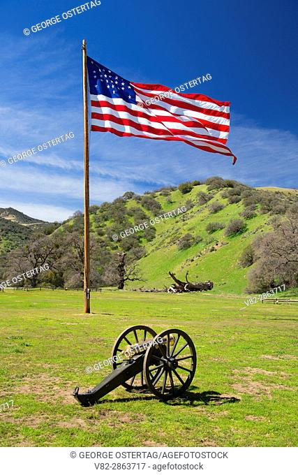 Parade Ground flag with cannon, Fort Tejon State Historic Park, California