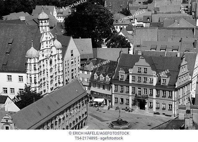 View over the market square of Memmingen