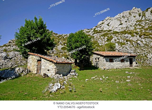 Shepherd huts in Lakes of Covadonga in Asturias