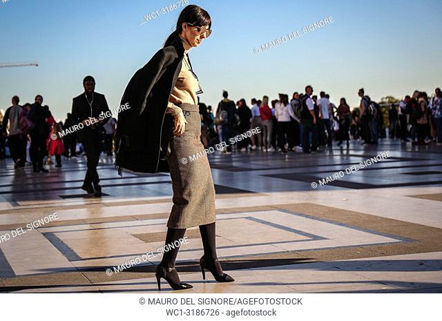 PARIS, France- September 26 2018: Samantha De Reviziis on the street during the Paris Fashion Week