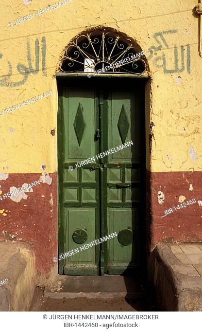 Front-door, house in Nubian village on Elephantine Island in the River Nile, Aswan, Egypt, North Africa, Africa