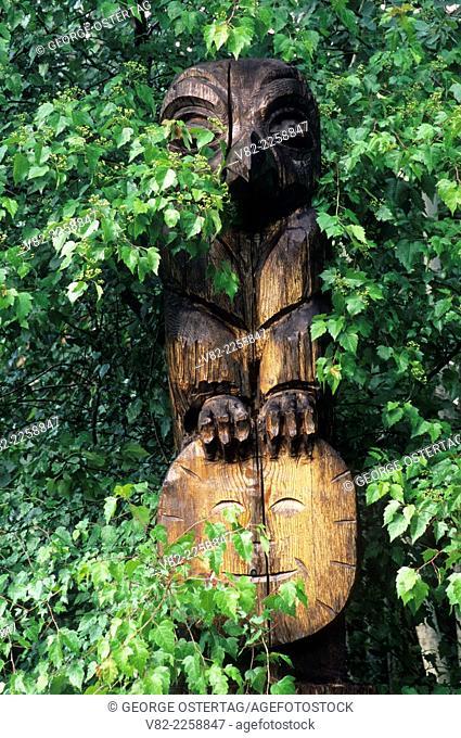 Totem, Belfair-Theler Wetland Park, Belfair, Washington