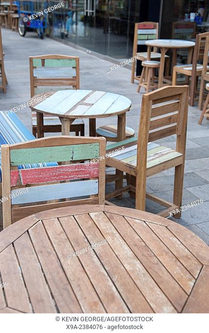 Terrace Cafe Table and Chairs outside Thaikhun Restaurant; Spinningfields District; Manchester; England; UK