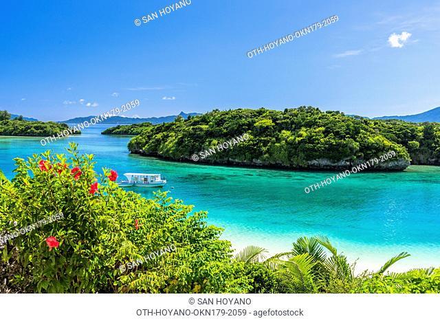 Beautiful coral sea of Kabira bay, a most photographed sightseeing spot, on Ishigaki island, part of the Iriomoto-Ishigaki National Park, Okinawa, Japan