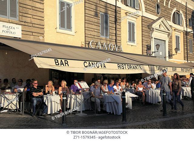Italy, Lazio, Rome, Piazza del Popolo, restaurant, people
