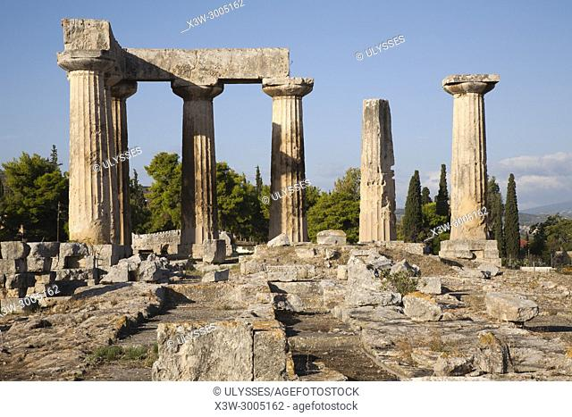 Europe, Greece, Peloponnese, ancient Corinth, archaeological site, Temple of Apollo