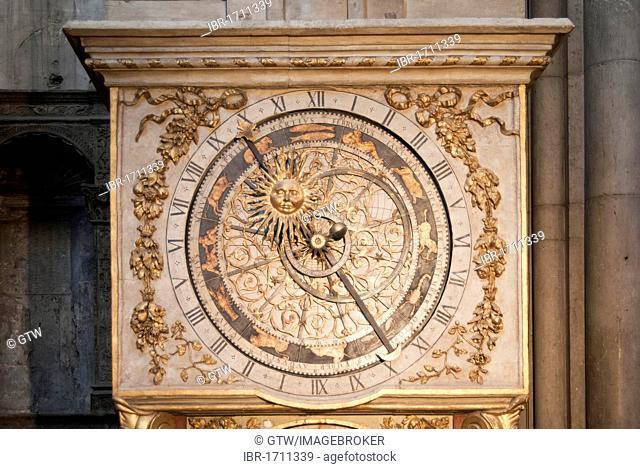 Astronomical clock, Cathedral Saint Jean Baptiste, Saint Jean district, historic district of Vieux Lyon, UNESCO World Heritage, Lyon, France, Europe