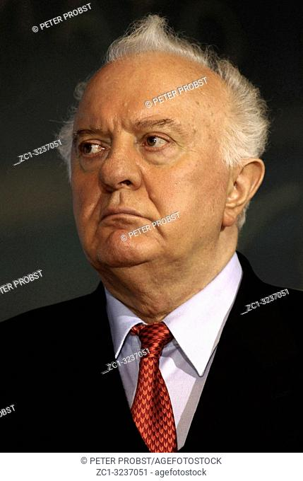 Eduard Shevardnadze - *25. 01. 1928 - 07. 07. 14: Georgian politician and president of Georgia from 1995 to 2003 and 1985 to 1990 Foreign Minister of the Soviet...