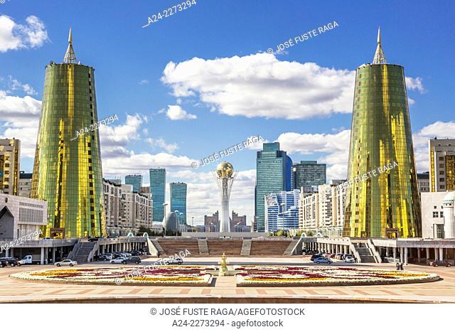 Kazakhstan, Astana City, New Administrative City, Nurzhol Avenue , Bayterek Monument