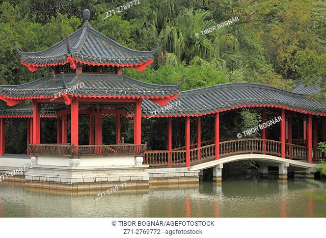China, Guangxi, Guilin, Rong Lake, pavilion, bridge,