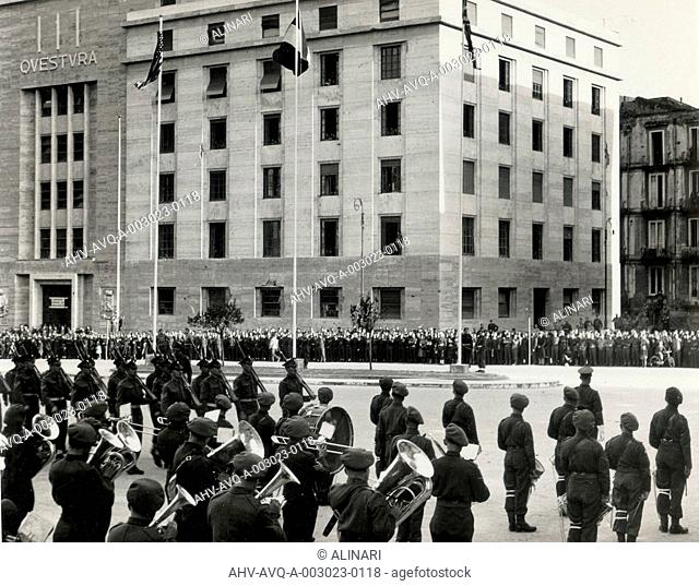 Typical retreatscene in front of Provinzia Building at Naples. Questura Building in the background, shot 13/03/1944