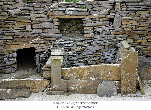 Skara Brae Stone Age Neolithic village at Skaill, Orkney, Scotland. Interior detail of stone box bed and alcoves in House 1. 3100 BC