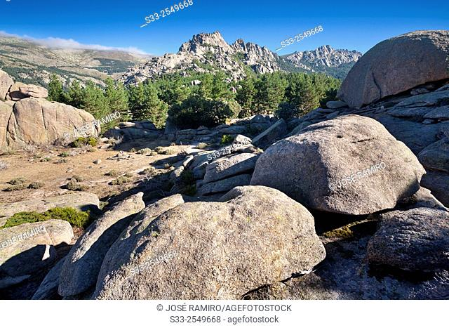 The Milaneras cliffs from the Pass of the Milling in The Pedriza. Sierra de Guadarrama. Manzanares el Real. Madrid. Spain. Europe