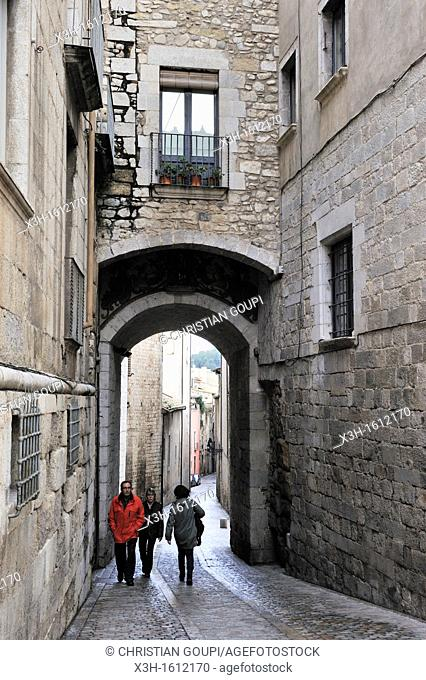 arched way around the Cathedral Girona, Autonomous community of Catalonia, Spain, Europe