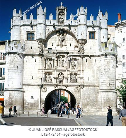 Santa Maria town gate, Burgos. Ruta del Cid, Castilla-León, Spain