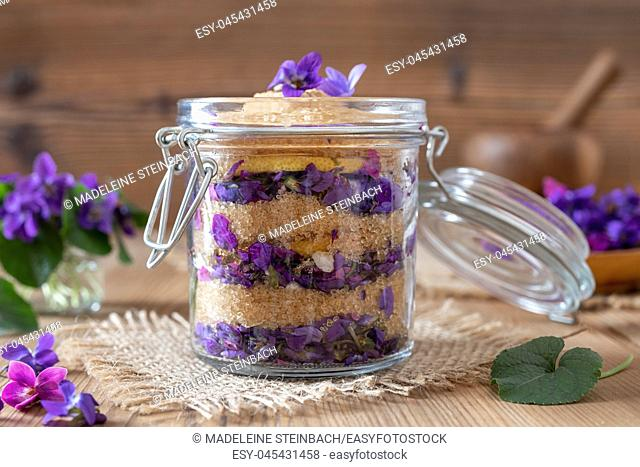 Preparation of homemade syrup from fresh wood violet flowers and cane sugar