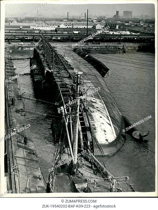 Feb. 02, 1954 - All is ready for the raising of the Empress of Canada: All is now ready for the Big Lift at Liverpool's Gladstone Dock