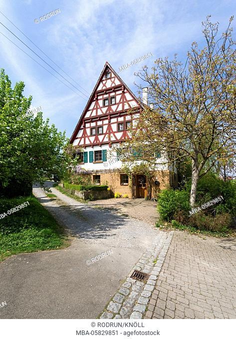 Germany, Baden-Wurttemberg, Nehren, farmhouse in the Hauchlinger street 27