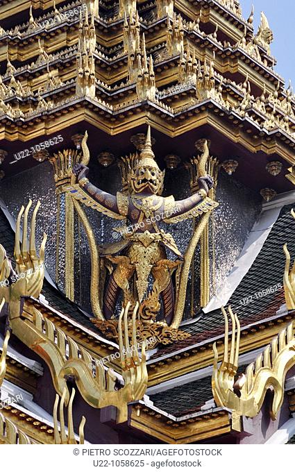 Bangkok (Thailand): detail of a temple in the Royal Palace compound