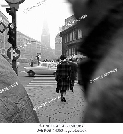 Wilhelmsburger Freitag, Sozialdrama, Deutschland 1964, Regie: Egon Monk, Darsteller: Ingeborg Hartmann unterwegs in Richtung St