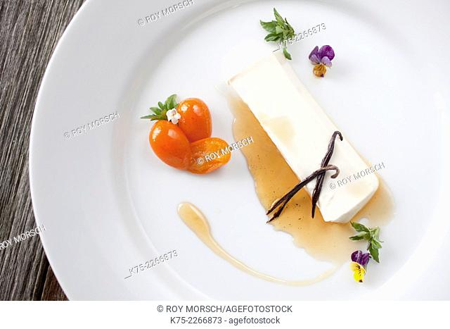Panna Cotta with Syrup and kumquats
