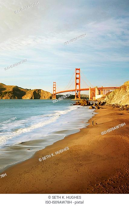 Golden Gate Bridge by day, San Francisco, California
