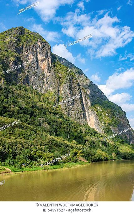 Karst mountains, Nam Ou River, Nong Khiaw, Luang Prabang, Laos