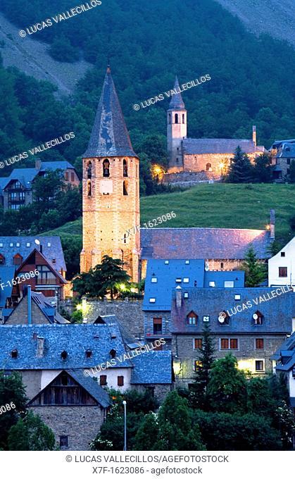 Church of Salardú and church of Unha,Aran Valley,Pyrenees, Lleida province, Catalonia, Spain