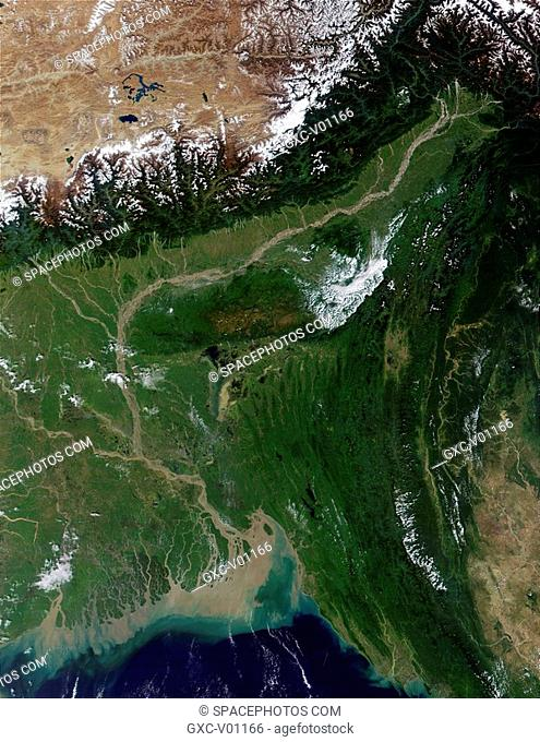 In This true-color image from October 23, 2001, the semi-arid Tibetan Plateau upper left meets up with the Himalayas to the south