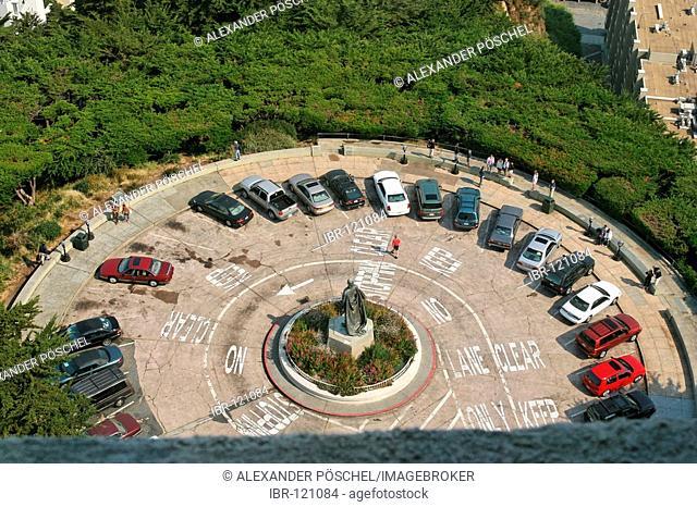 View down on circular parking space at Coit Tower, Telegraph Hill, San Francisco, California, North America, USA