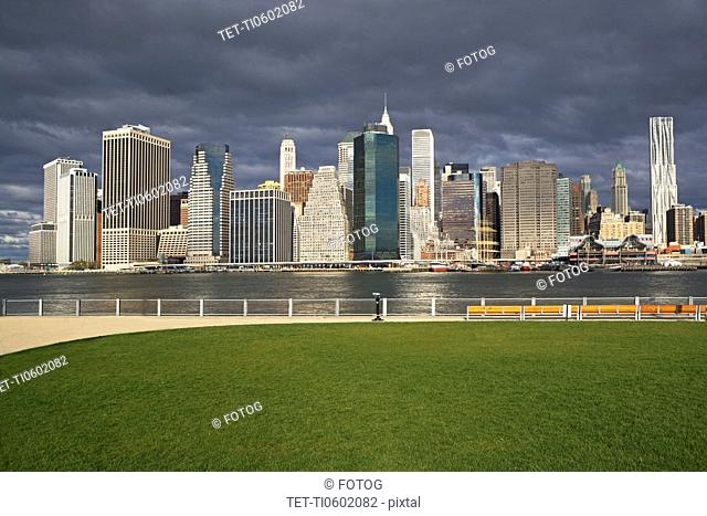 USA, New York City, Manhattan skyline