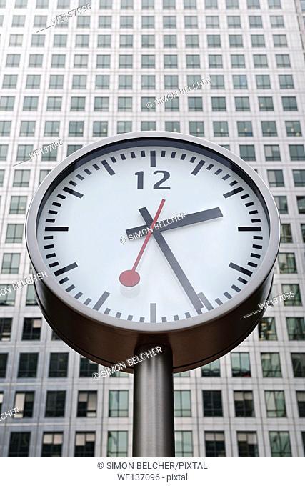 Clock Outside Canary Wharf Tower, Canary Wharf, Docklands, London, UK