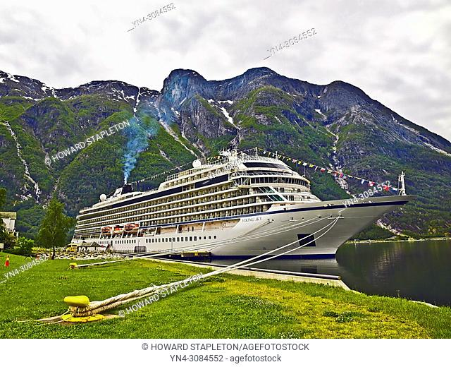 Cruise ship Viking Sky tied up at Eidfjord, Norway