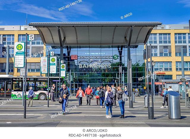 Hauptbahnhof, Potsdam, Friedrich-Engels-Strasse, Brandenburg, Deutschland