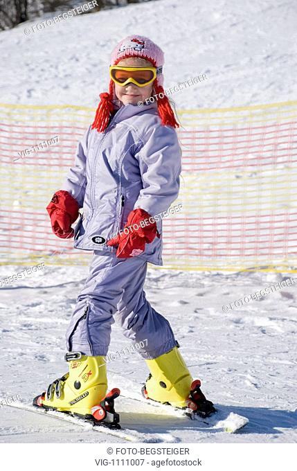 girl skiing - 13/01/2009