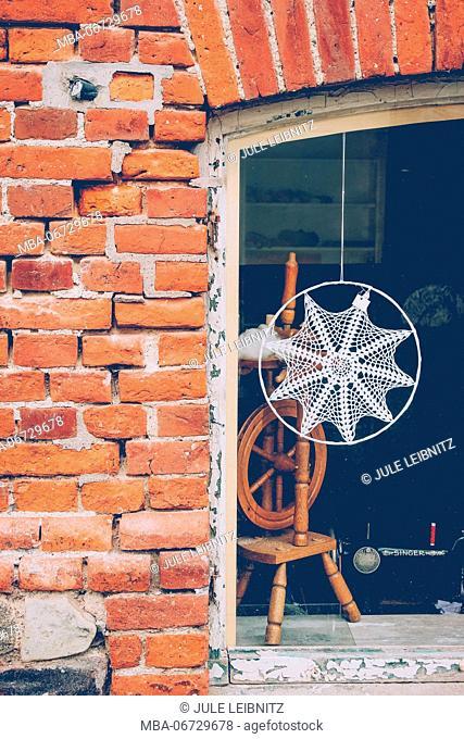 House, window, decoration, spinning wheel