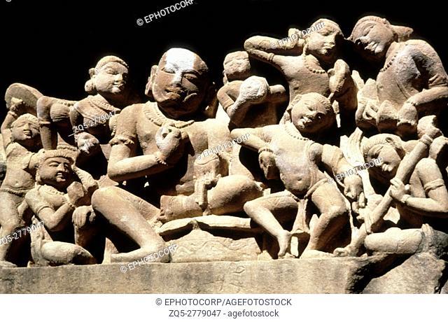 Khajuraho (india) Lakshmana temple plinth frieze century 950 A. D