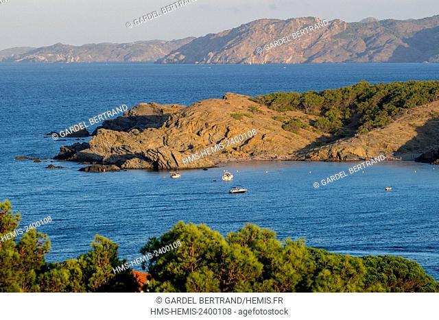 Spain, Catalonia, Costa Brava, Girona province, Colera, Punta del Borro in Garbet