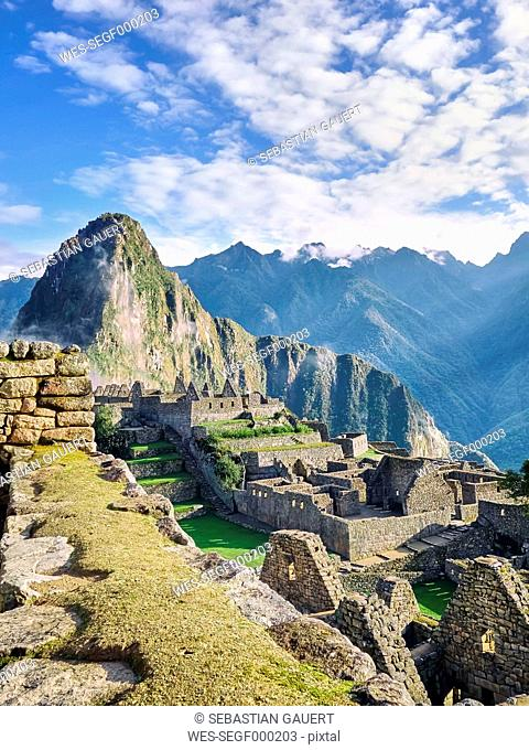 Peru, ruined city at Machu Picchu
